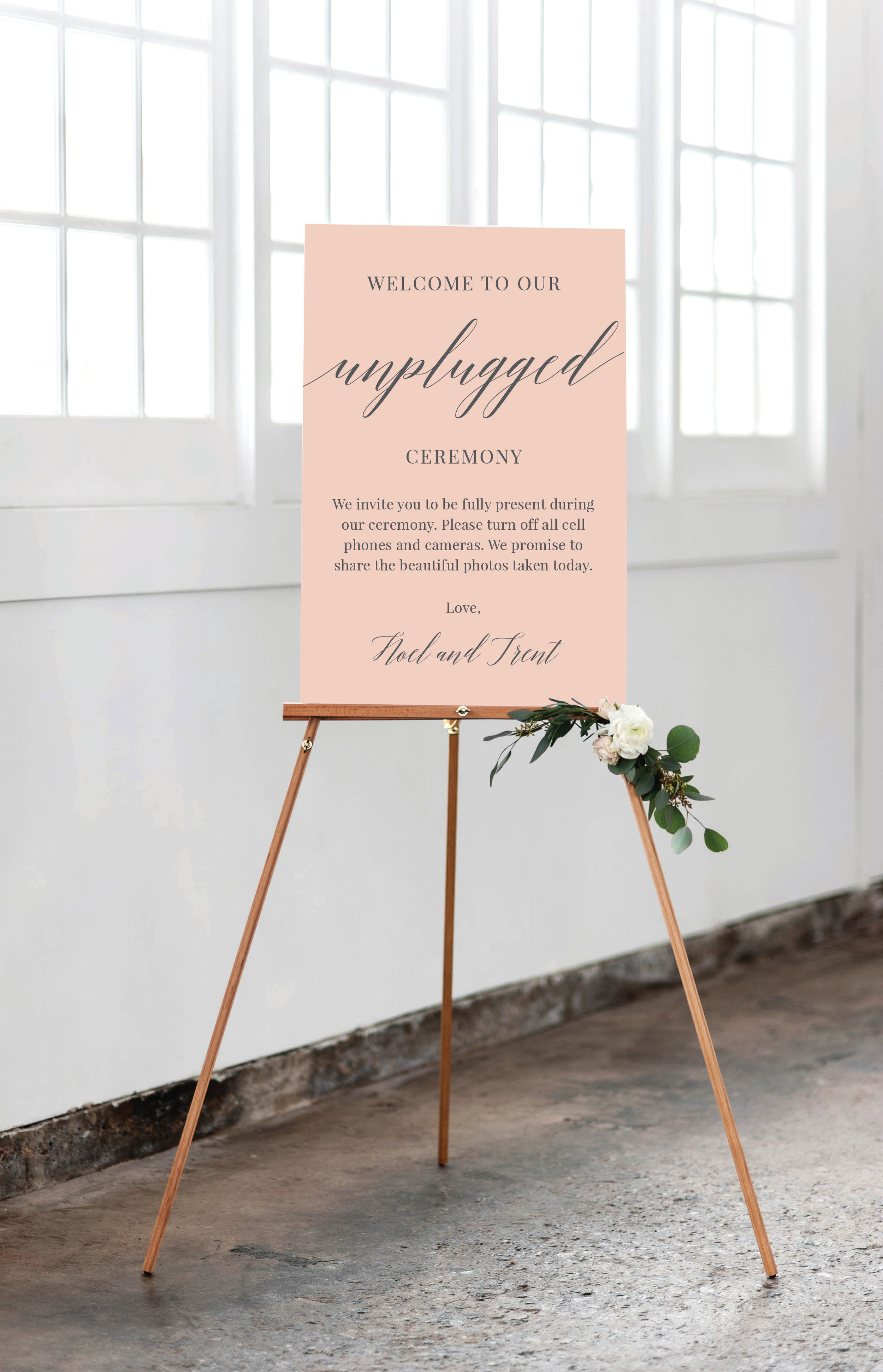 Should Your Wedding be Unplugged - Toledo Wedding Guide
