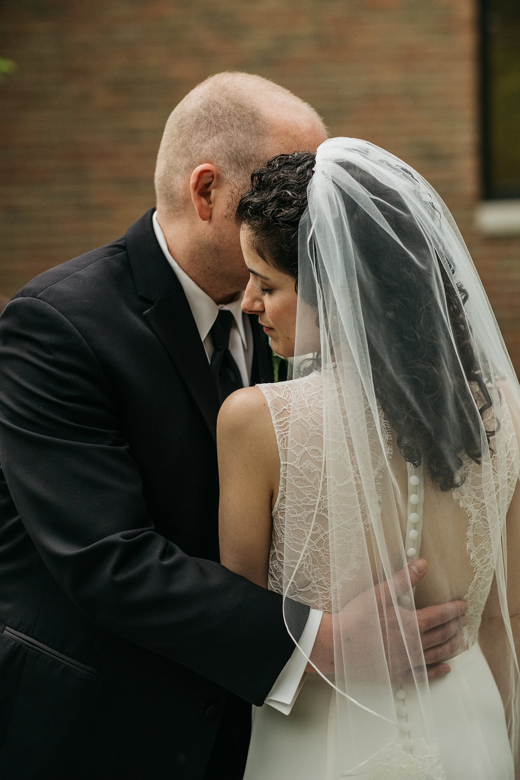 Lisa+Geoffrey_Wedding-23.jpg
