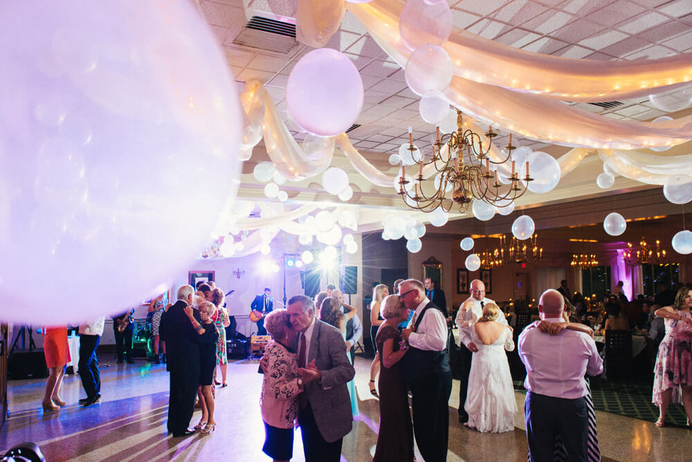 sylvania country club wedding_4.jpg
