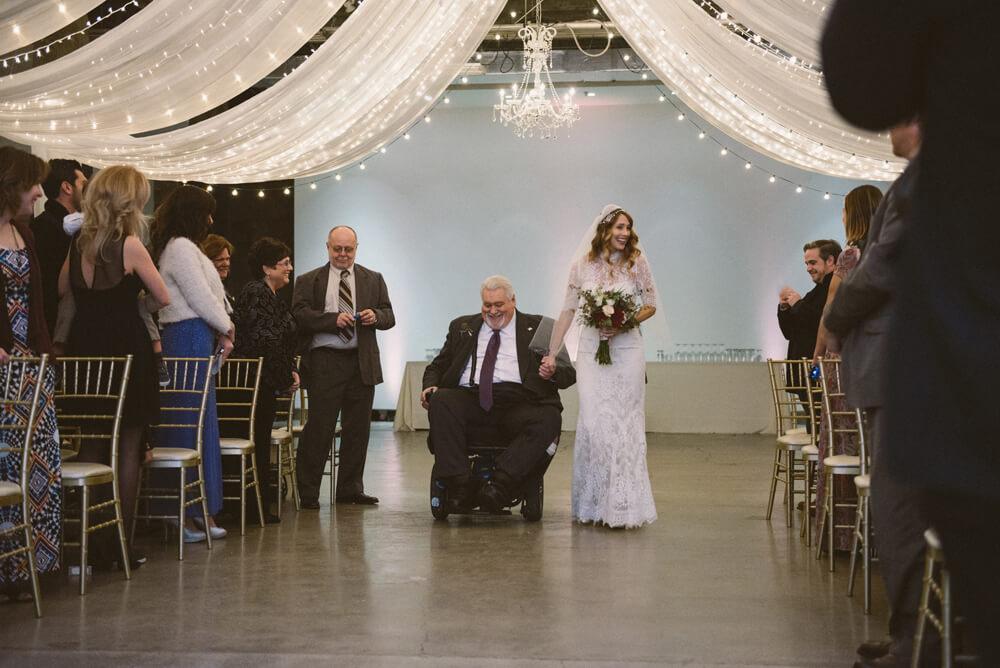 registry bistro toledo wedding photography_18.jpg