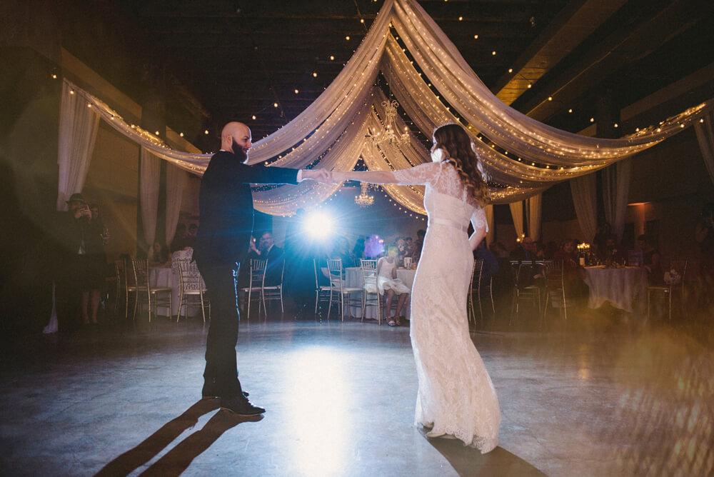 registry bistro toledo wedding photography_038.jpg