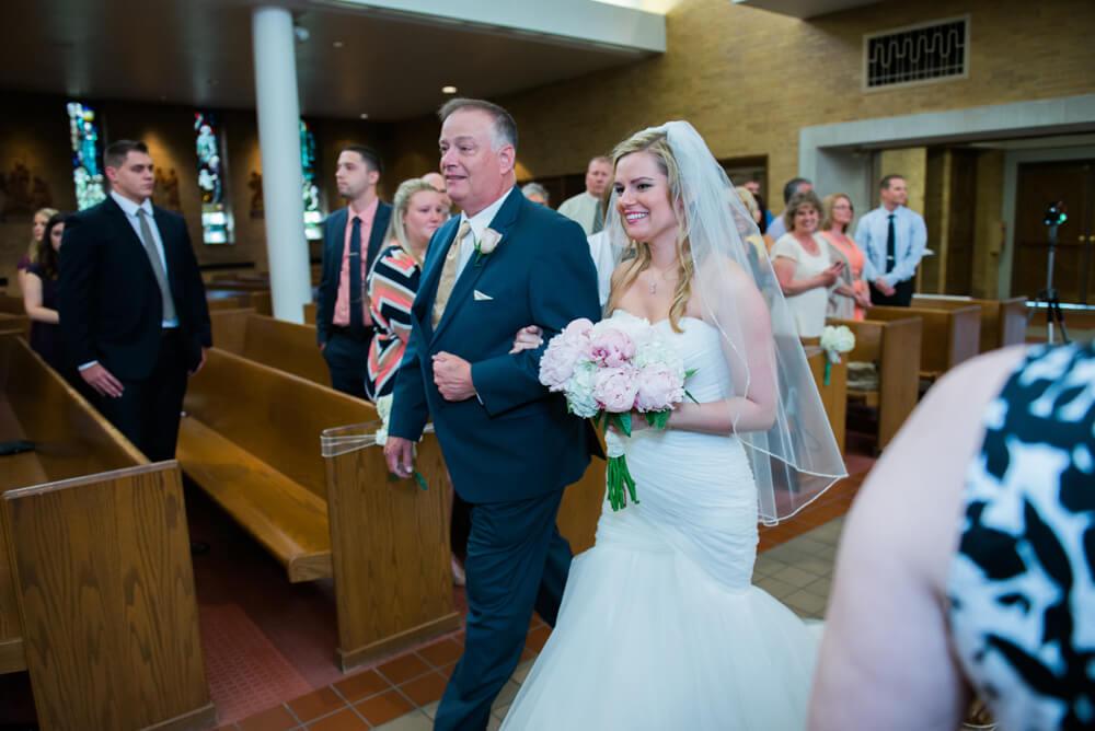 Heather downs country club wedding photos_13.jpg
