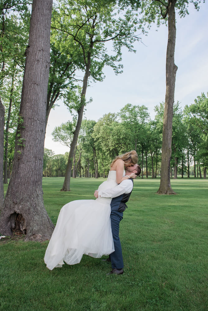 Heather downs country club wedding photos_045.jpg