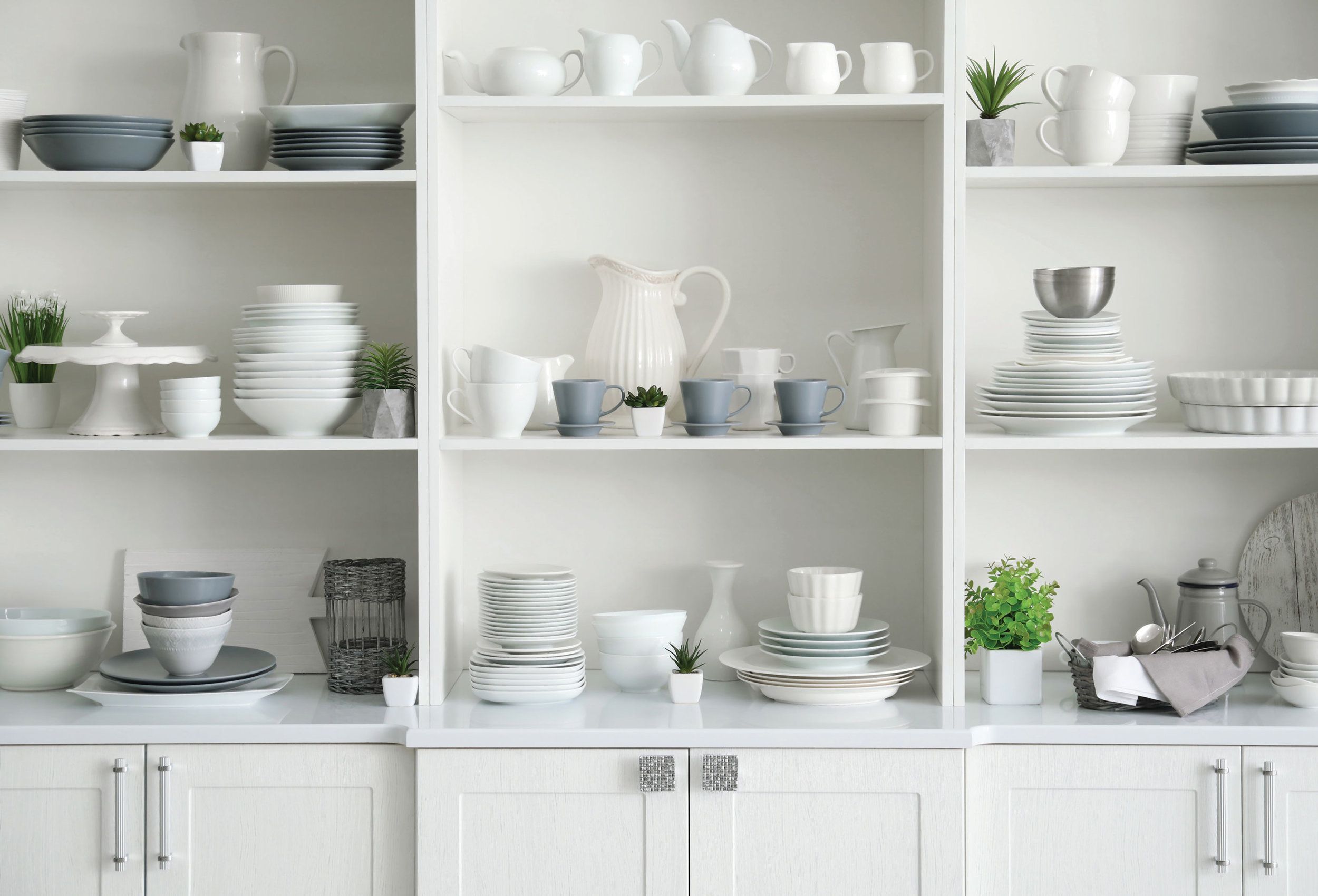 10 Tips for Creating a Carefully Curated Wedding Registry // Toledo Wedding Guide