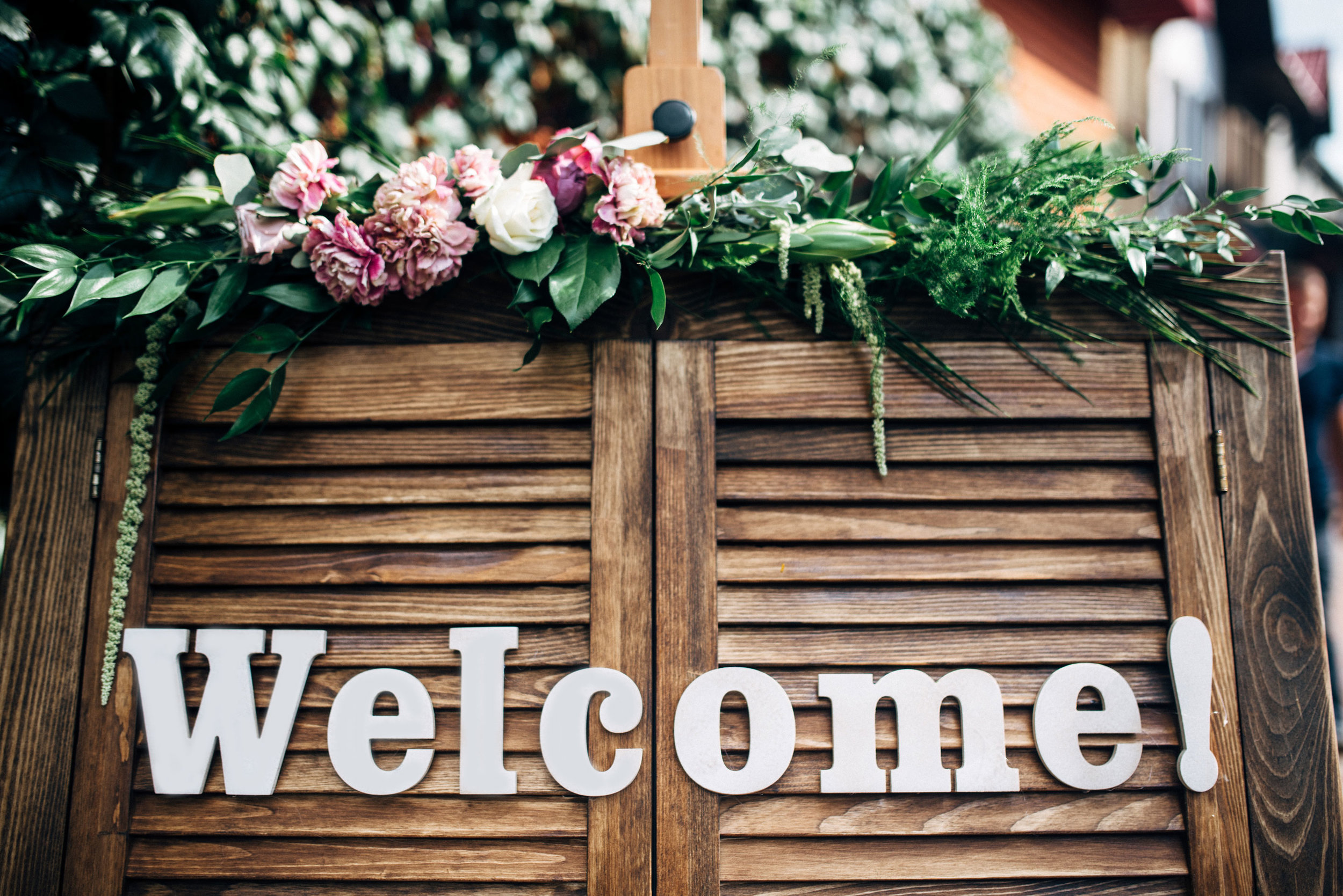 How to Welcome Out-of-Towners with Style // Toledo Wedding Guide