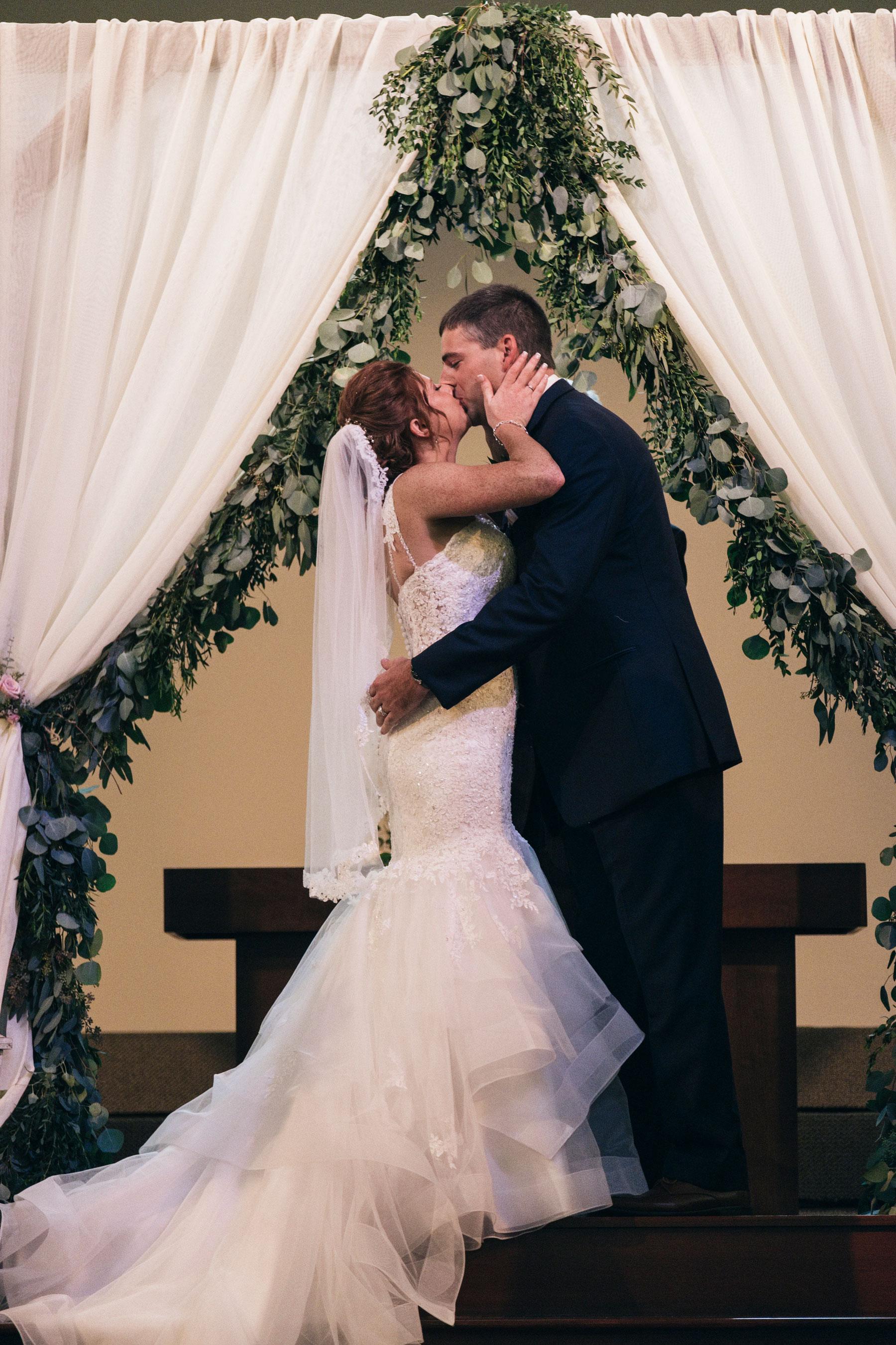 Melinda+Matt_Wedding-1044.jpg