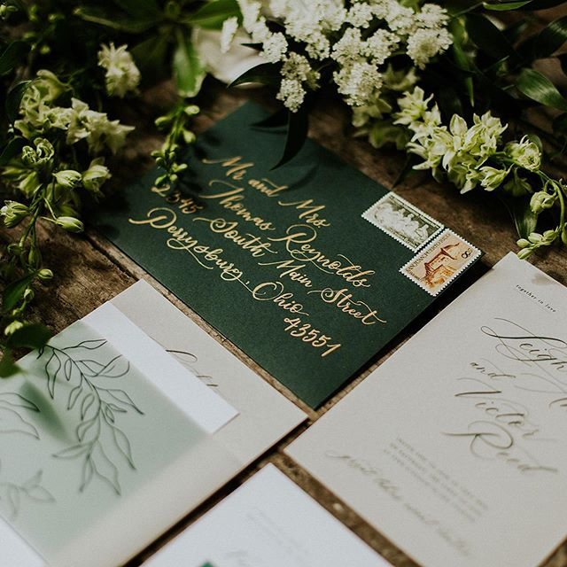 We are very excited to have Jen from In Every Season Calligraphy guest blogging this week. She's dishing about handwritten calligraphy and unique ways to use it for your day.  #toledowedding #ohiowedding #toledoweddingguide #youlldobetterintoledo #calligraphy #handwrittencalligraphy #envelopecalligraphy #weddingseatingcharts #nomoreboringenvelopes #weddingsigns