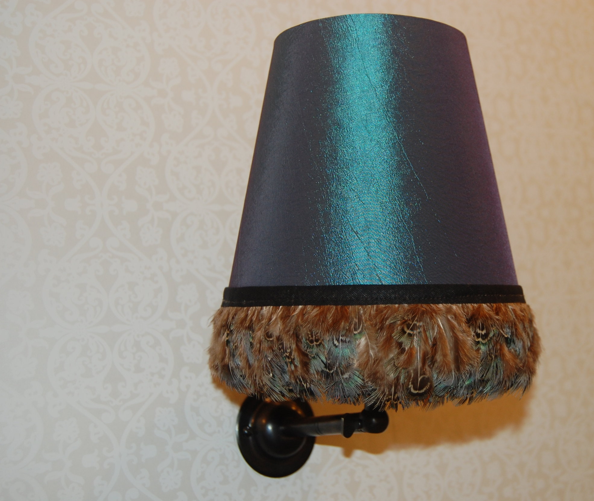 Small light fittings