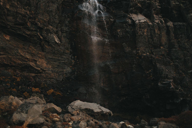 0 Moutain rocks-1-3.jpg
