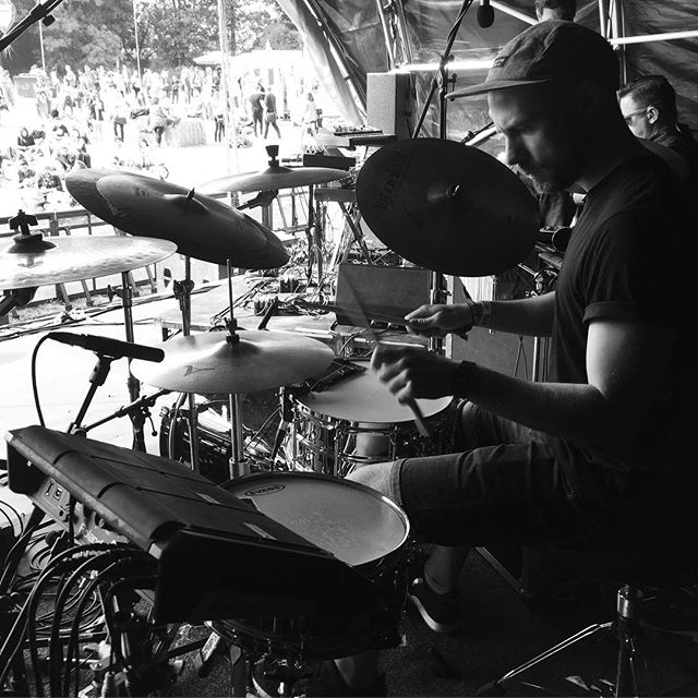 Old drum tech cam shot of @tommyajevans #submotionorchestra #drumtech #rolandspdsx #livedrums #electronicdrums