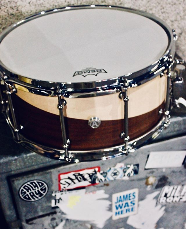 #jameswashere #snaredrum @animalcustomdrums1 @remopercussion credit: @lookingfornostalgia