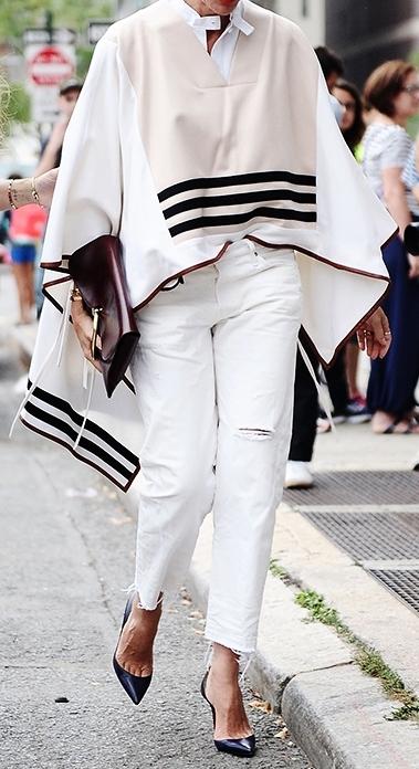 how-to-wear-a-poncho-like-a-street-style-star-2.jpg