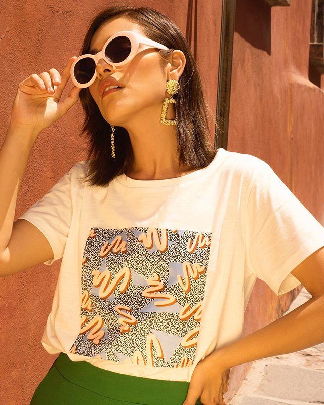 Mi estilo no sería igual sin estampados💜#todayilookfantastic ✨¿Con qué moda o tendencia no podrías vivir? 🤩 #stradalooks . . . . . . #compañiafantastica #bloggerstyles #dailyoutfits #compañiafantastica #fashionconsultant #stylingtips #styleblogs #fashionstylingtips #modaespañola #whattoweartoday #weekendoutfits #bloggerpoblana #imageconsulting #springlooks