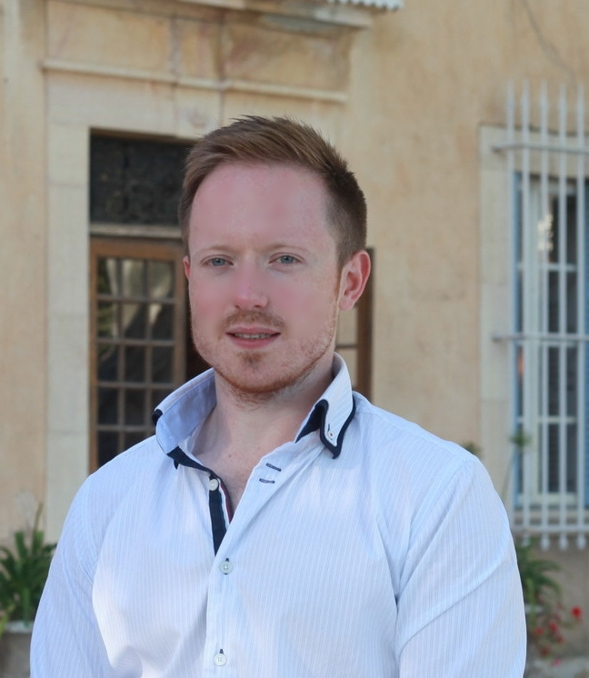 Daniel is a Harley Street based Nutritionist and is one of the Bodhimaya founders