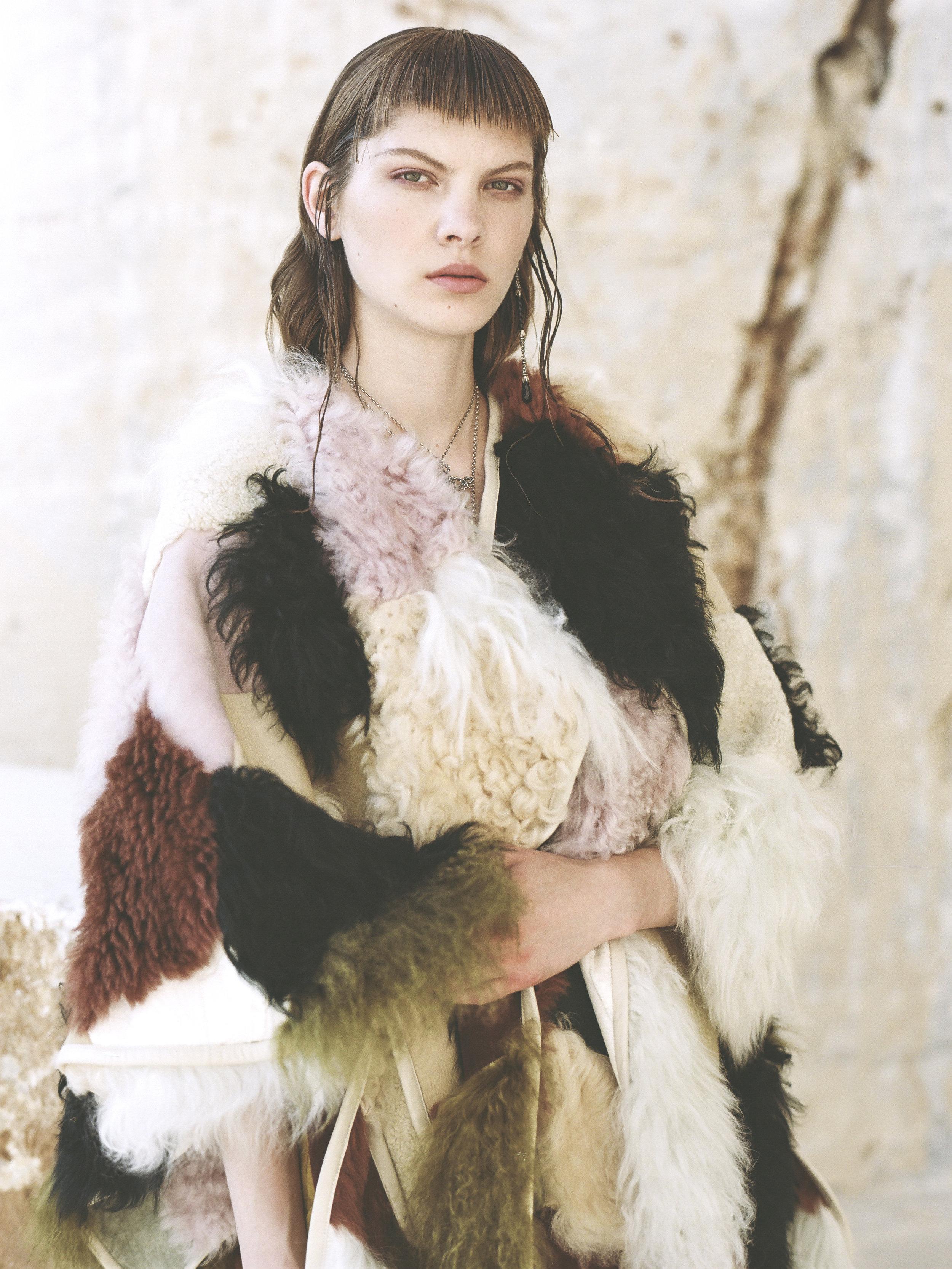 Coat: Chloe; Jewellery: Manuel Bozzi