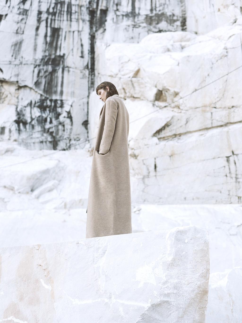 Coat: L72