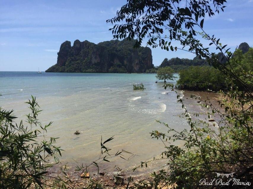 bad bad maria wedding destination thailand blue water.jpg