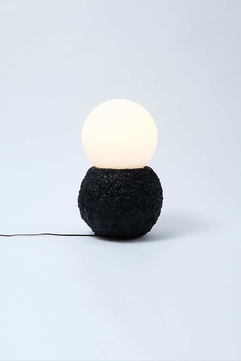 Bigeleisen_Ellsworth_Lamp_Black.jpg