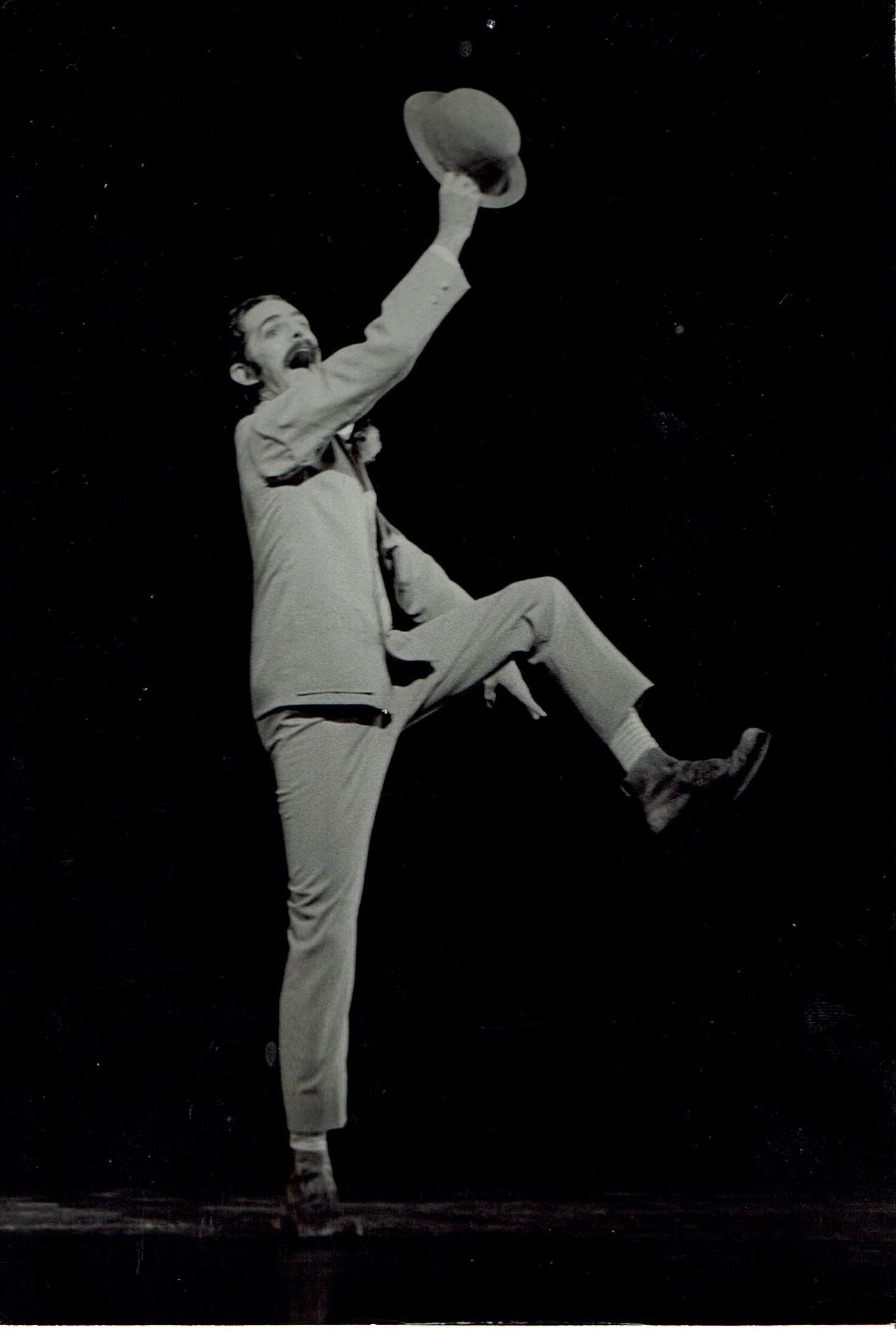 Bill Danse American.png