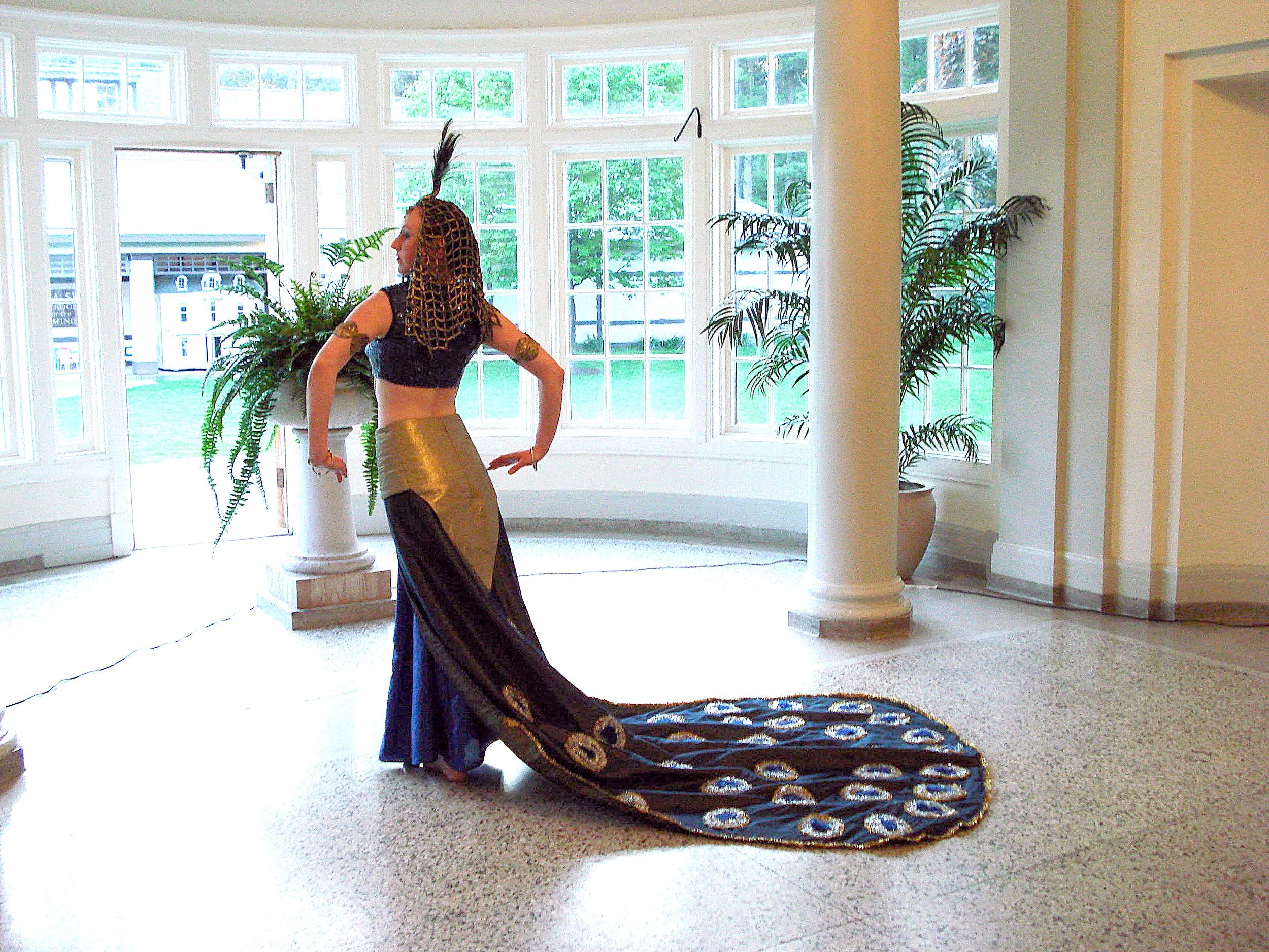 Peacock dress, Amber, Museum of Dance, Saratoga, 2007 015.jpg