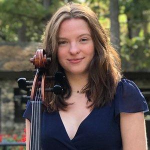 Zoe Bell, Cello