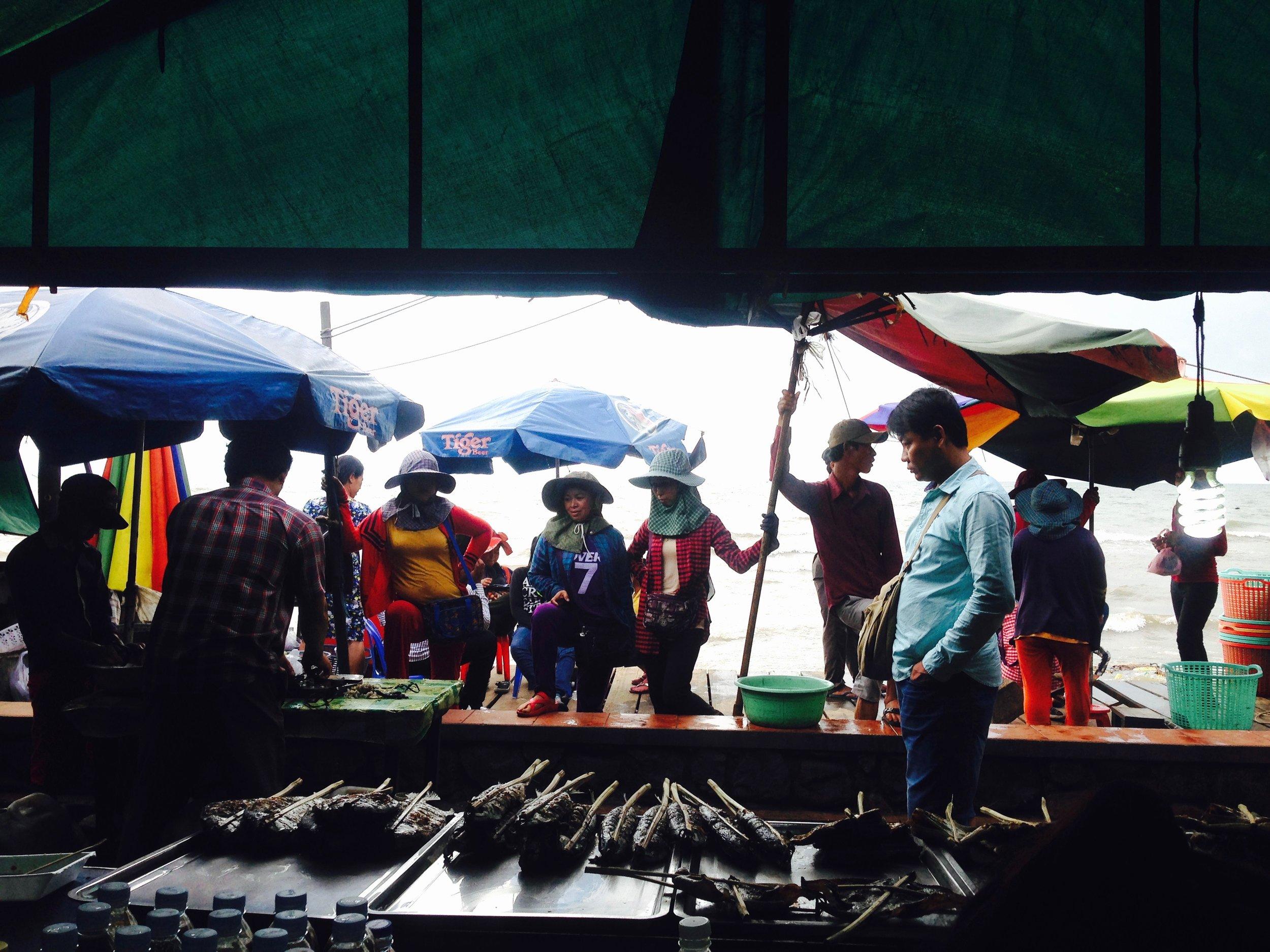 Crab market life
