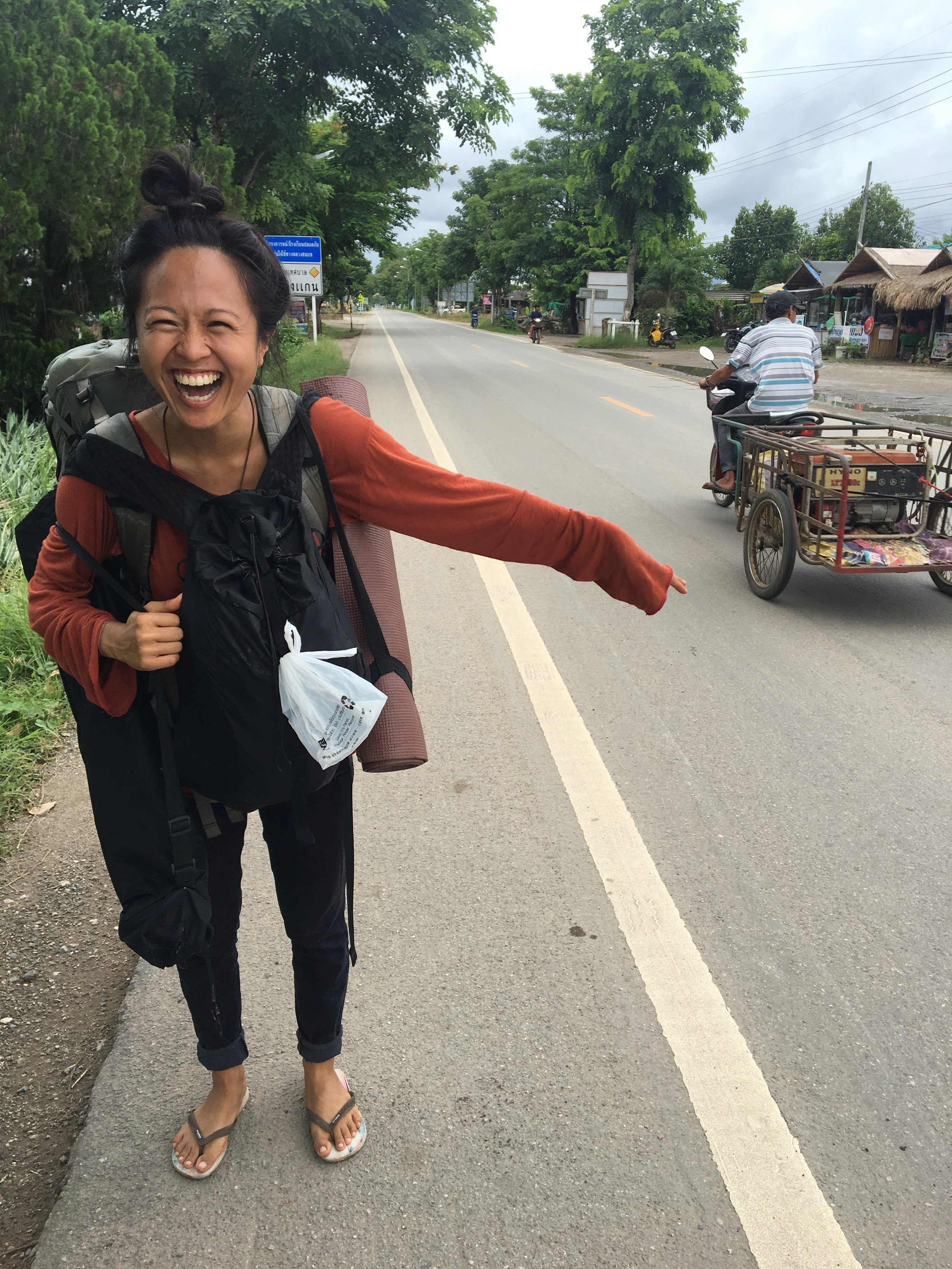 Hitchhiking from Panya to Pai.Too many smiley rejections and 3 rides later, we made it!
