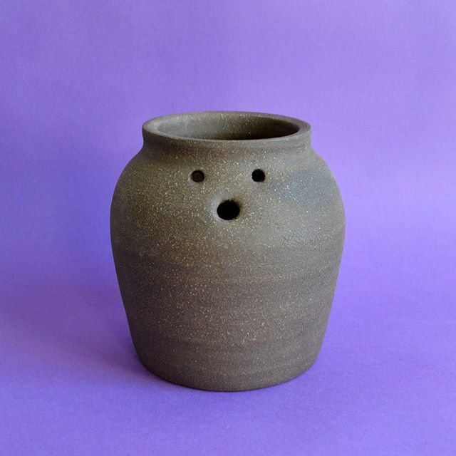Shock, awe, all of the above? How I'm feeling during day 1 of @pictoplasma, embodied by a little friendo I made a few months ago with the help of @queerspice . . . . . . . . . . #clay #pottery #character #characterdesign #madeinbrooklyn #madeinnyc #illustration #3D #3Dillustration
