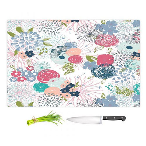 Spring time cutting board by Hiti Design
