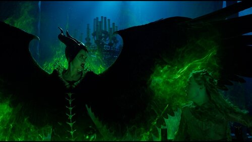 Maleficent Mistress Of Evil Review Disney S Game Of Thrones