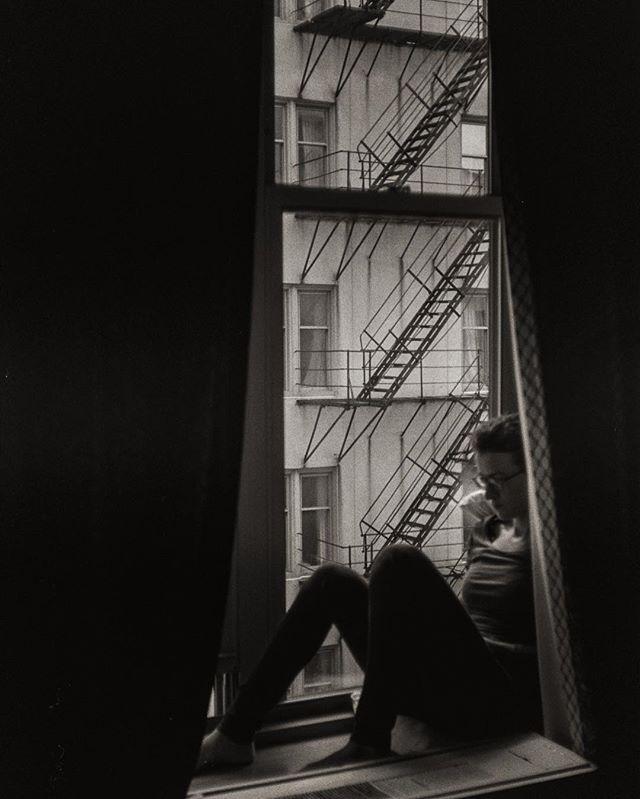 My #loves, #windows, #light and @tevtevlin. #travelphotography #yashica #rangefinder #torontophotographer #dailyinspiratioN #photographersofinstagram #35mm #film #photography #landscape #flickr