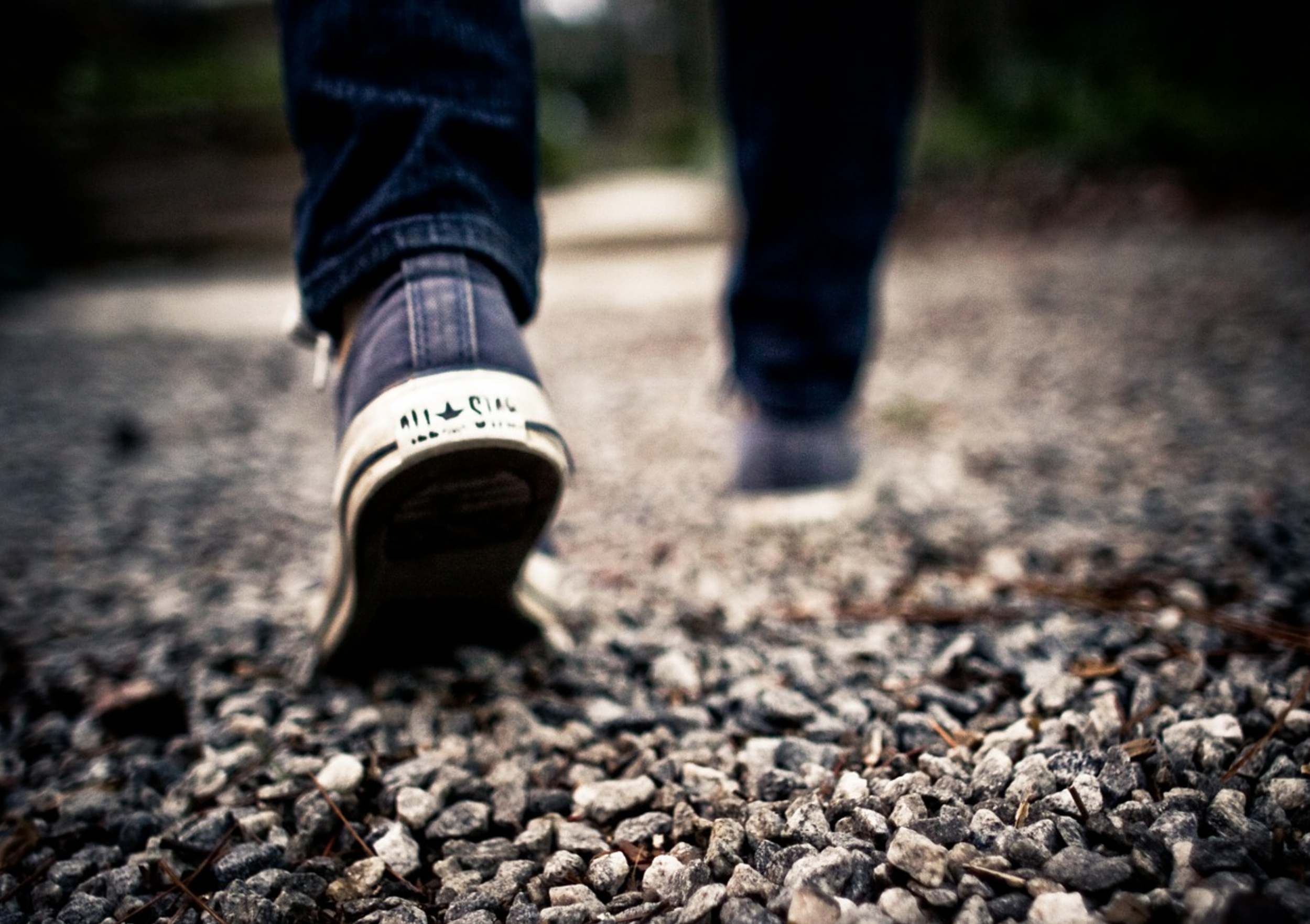 walking-349991_1280.jpg