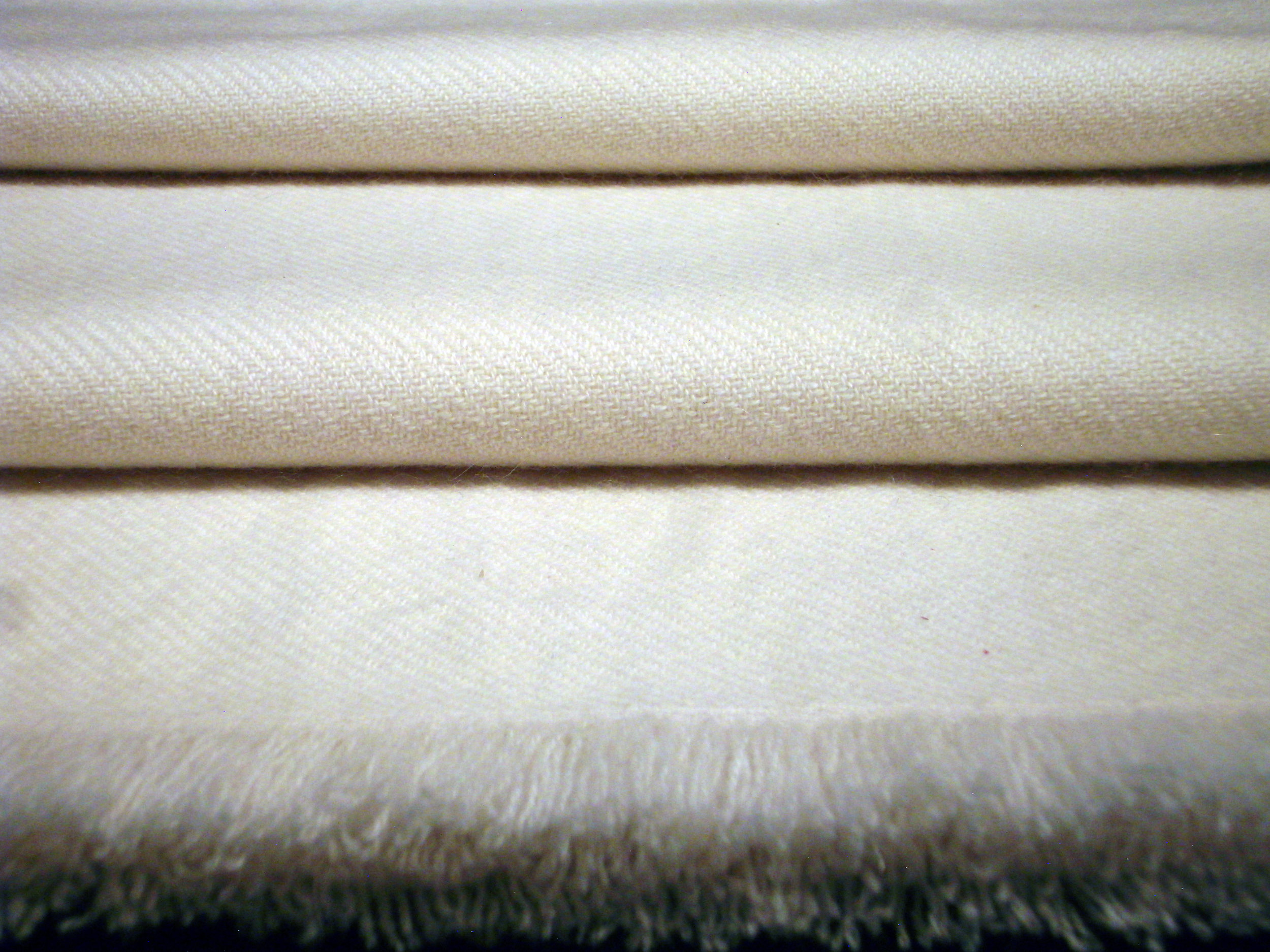 Aimai Sample 7 - Thick Cashmere Stole Detail 2.JPG
