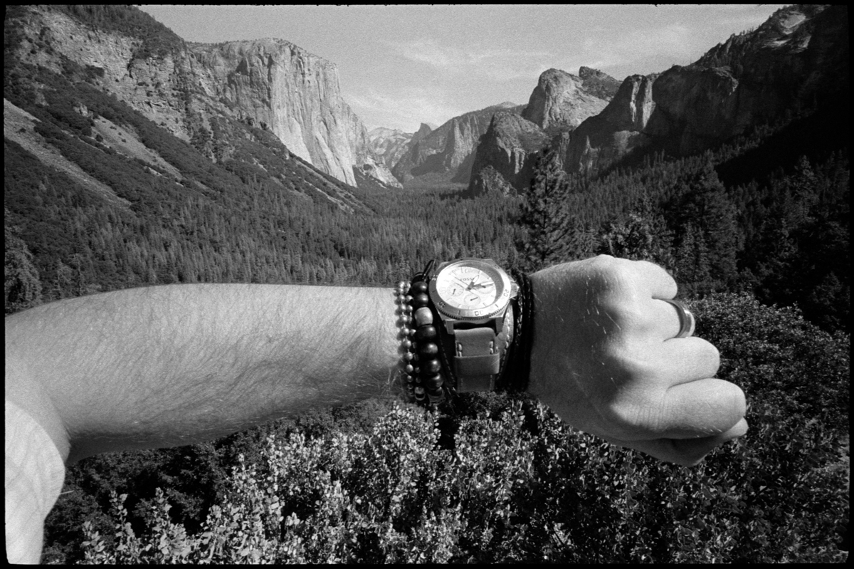 #0470_25A - Yosemite Valley, October of 2016. Leica M2, Zeiss 21mm f/4.5, Ilford HP5 400.
