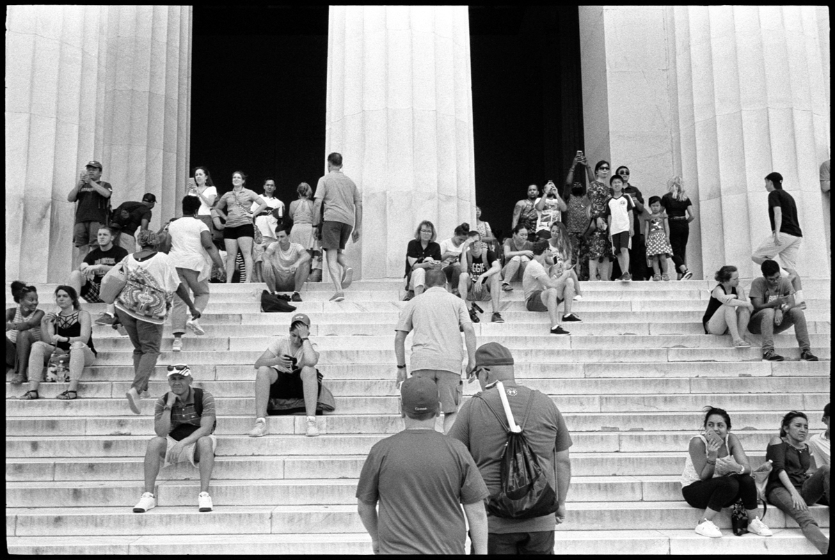 #0566_08 - Tourists, Lincoln Memorial. Washington DC 2017