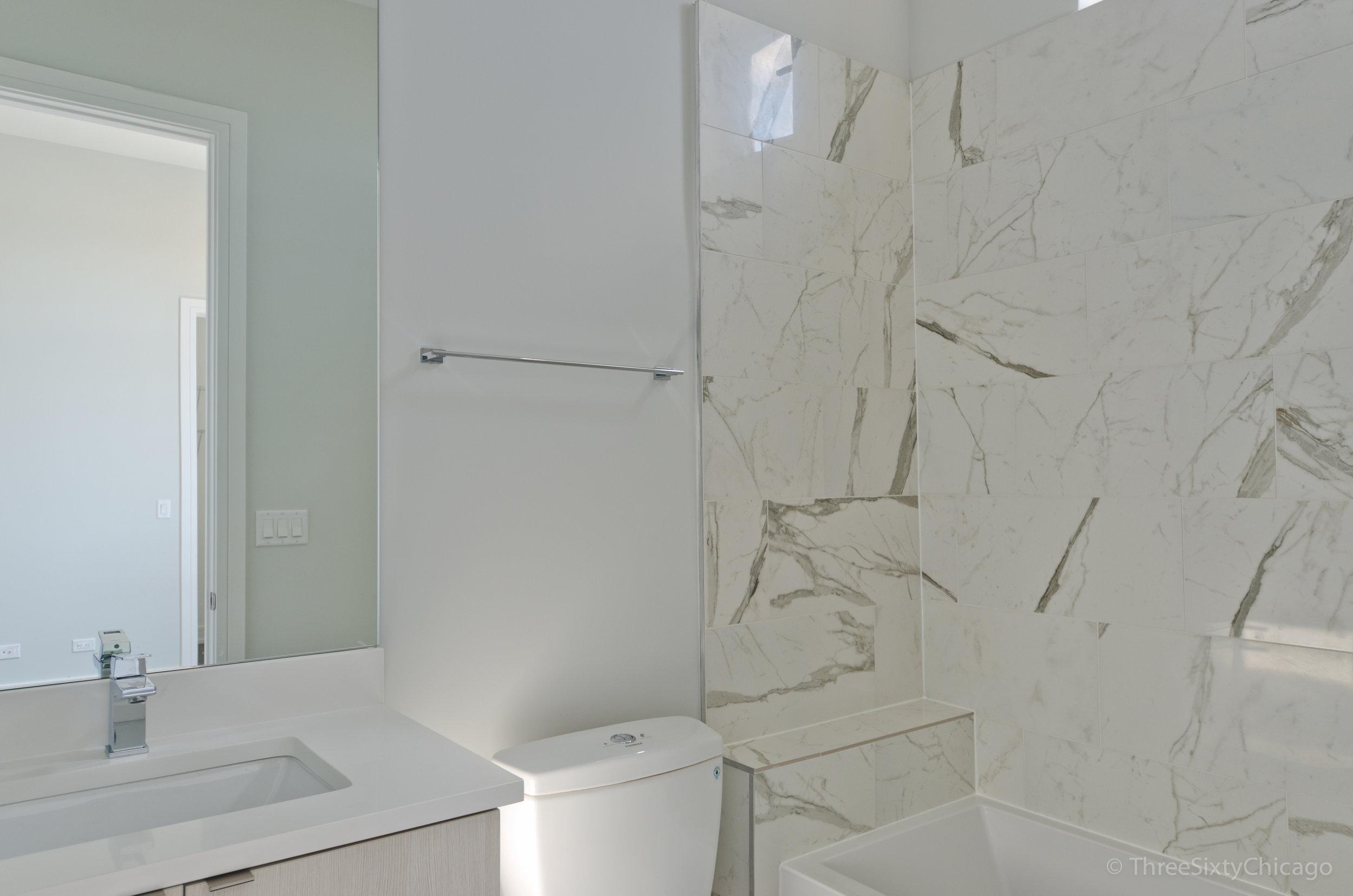 Second Bath 2.jpg