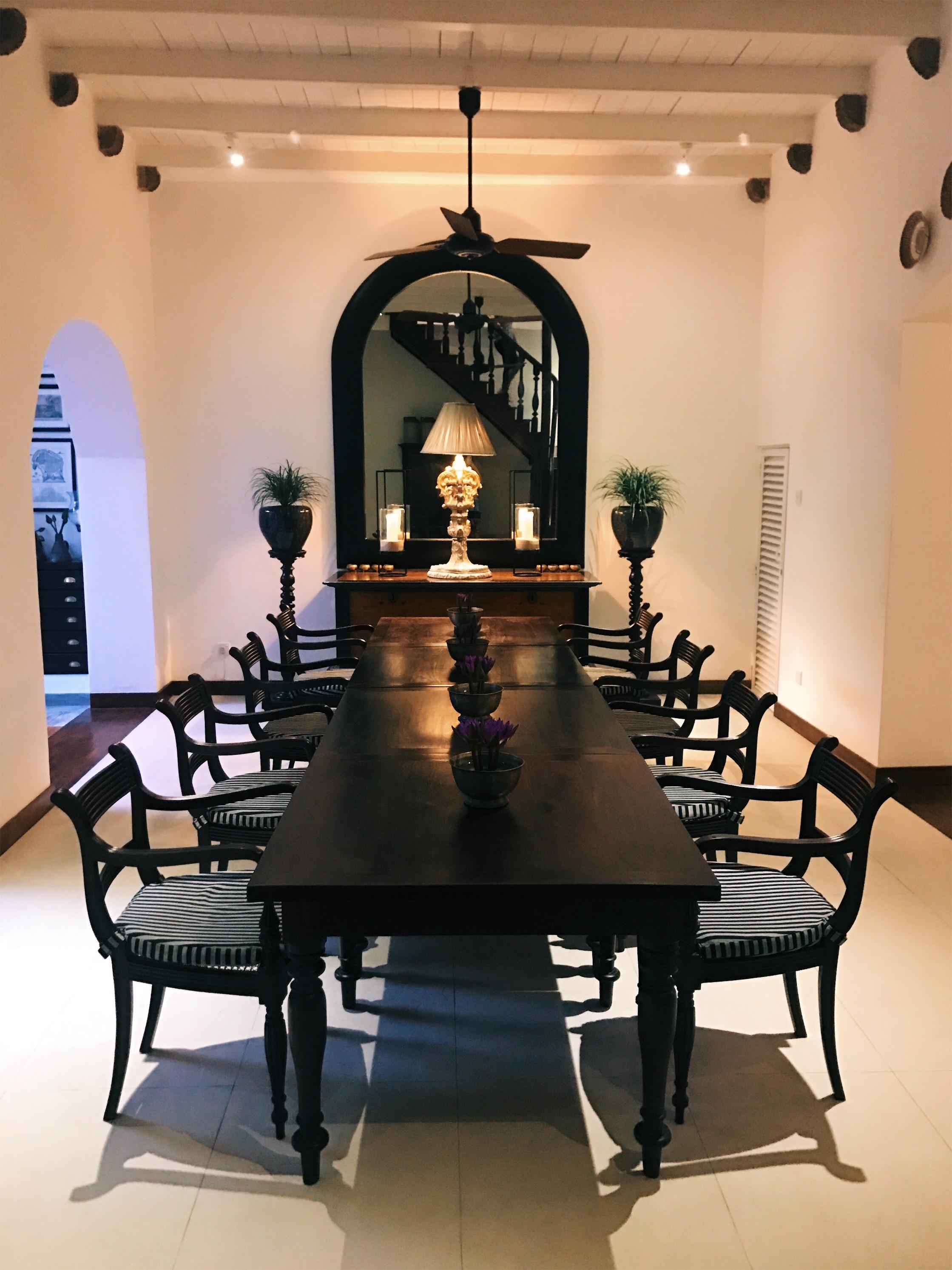 Taru Villas shared Dining Room