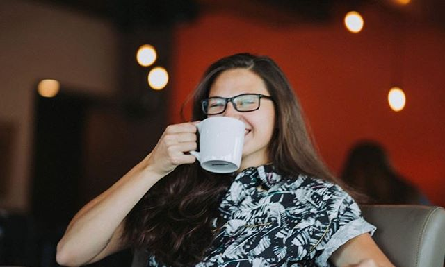 NEW EPISODE ALERT! What do you do when your local newspaper totally snubs every womxn in your local community? Brittney Balestra of @third_space_coffee challenged her local paper's poll of the best baristas in Colorado Springs, and has rallied the community behind a more inclusive event focused on the hugely talented pool of baristas in the area. Learn more about this story in our conversation with Brittney today! ▫️▫️▫️▫️▫️ #bossbarista #coloradosprings #coloradocoffee