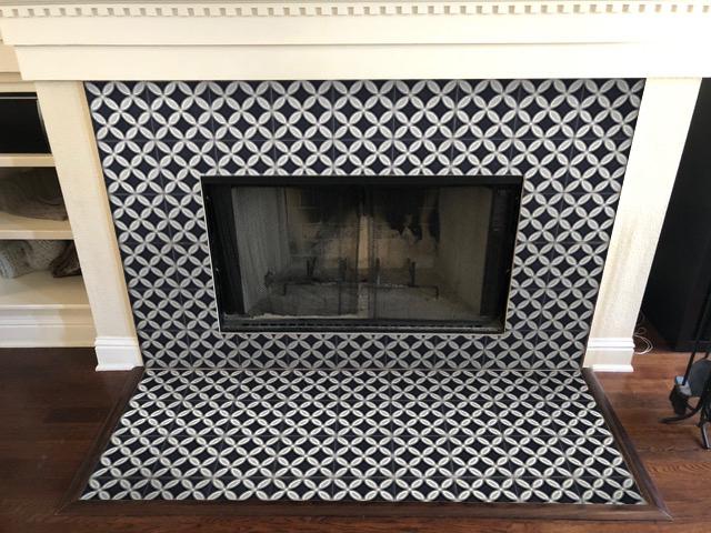 fireplace-circulos-black.jpg