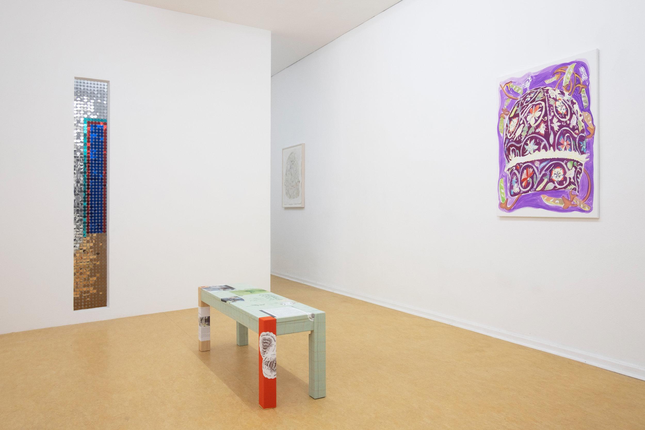 7_KM_Hand_seiner Zeit_2019_Installation_view.jpg