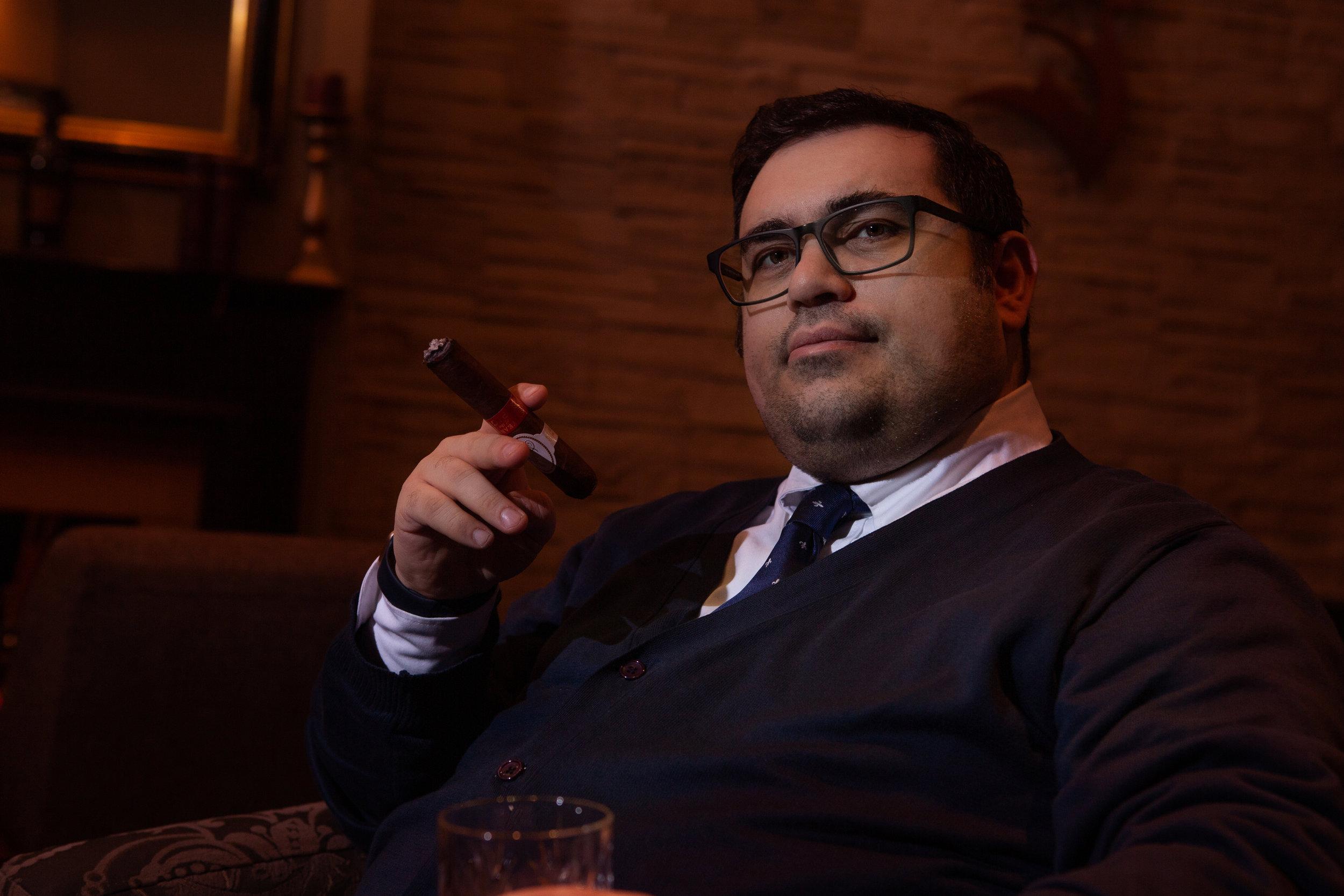 at_cigar_club-9.jpg