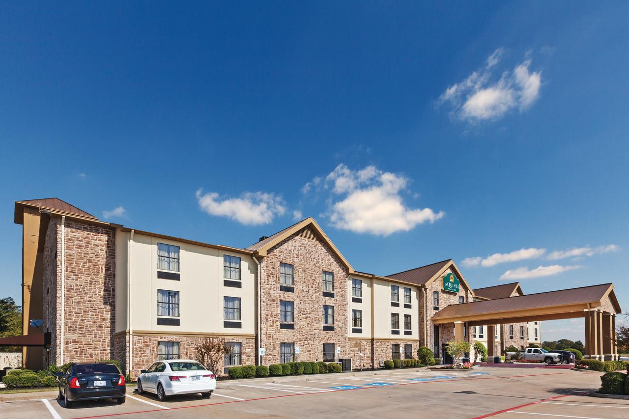 Denison, Texas Rooms: 74