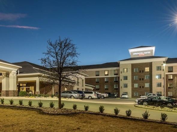 Denton, TX Rooms: 129