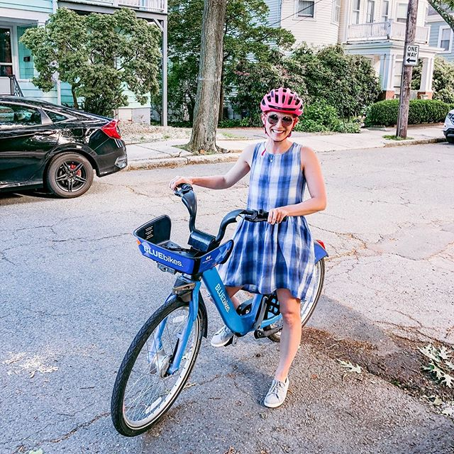#tbt⠀ ⠀ Cruising around Cambridge & Somerville this past weekend with @jwang26 was exactly what the doctor ordered!⠀ ⠀ After working nearly nonstop this past year to not only launch @risethemembership, but also get a Masters and continue to serve all you beautiful clients who I prioritized every Sunday (I got you, boo's)! 😘😘😘⠀ ⠀ It is high time to protect a day for me. Once a week. Saturday has become my adventure day! Hiking, biking, eating a pastry or two.. (last week we did @sofrabakery and @tacoparty)..⠀ ⠀ Also, this pink helmet pretty much made my life. 😂😍⠀ ⠀ What's on your bucket list for this summer? How are you making sure to savor every moment of what can be an all-too-short season?? 💜☀️🥳 pc: @jwang26