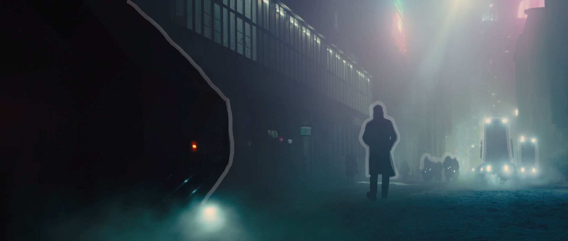 BD2049_silhouette_case_1.png
