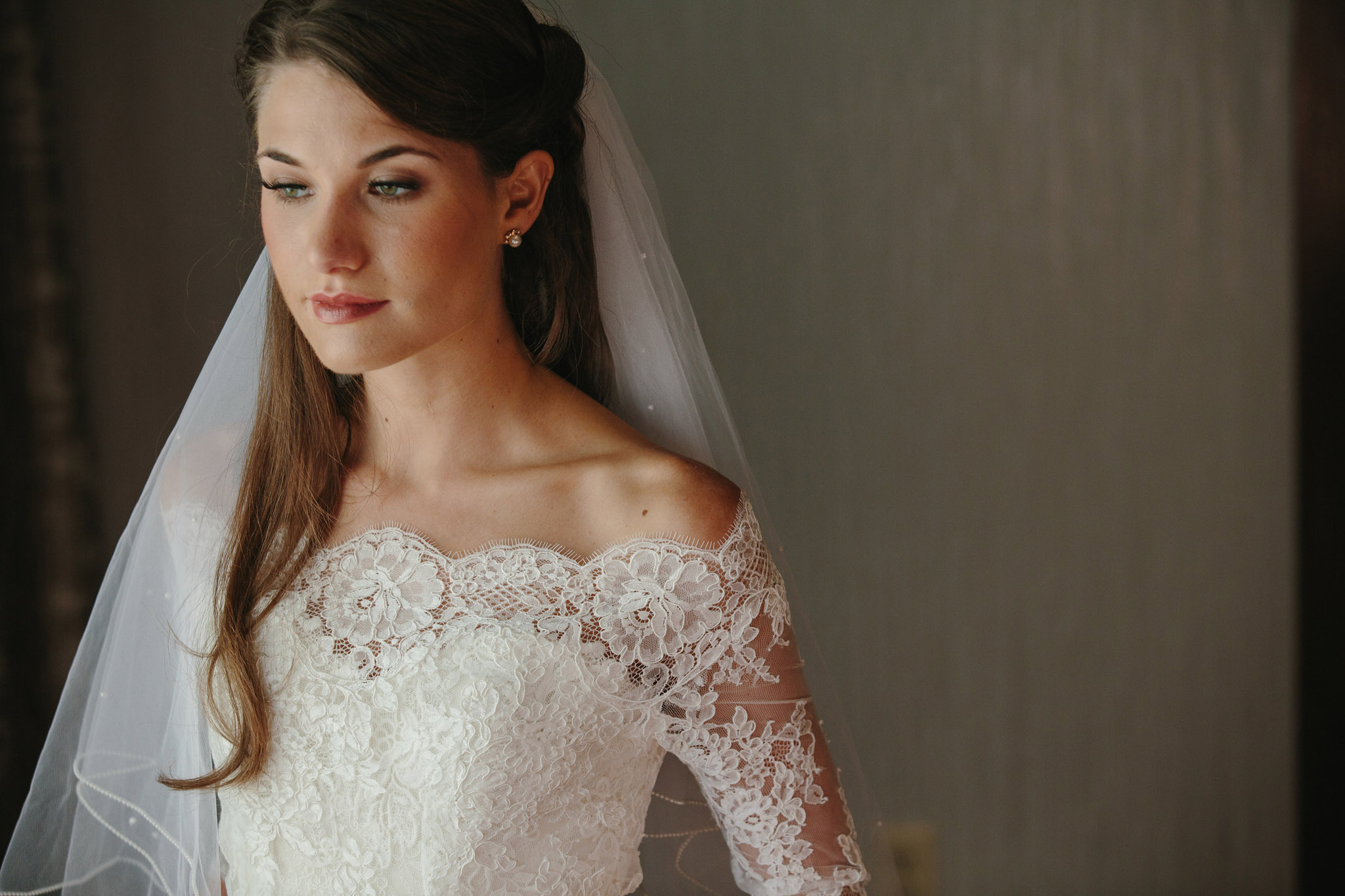 sarah-ryan-woodlands-country-club-wedding.jpg