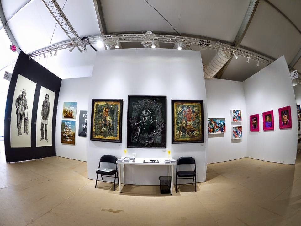 Other exhibitors at Hashimoto's booth included Shawn Huckins, Handiedan, Crystal Wagner and Scott Scheidly.