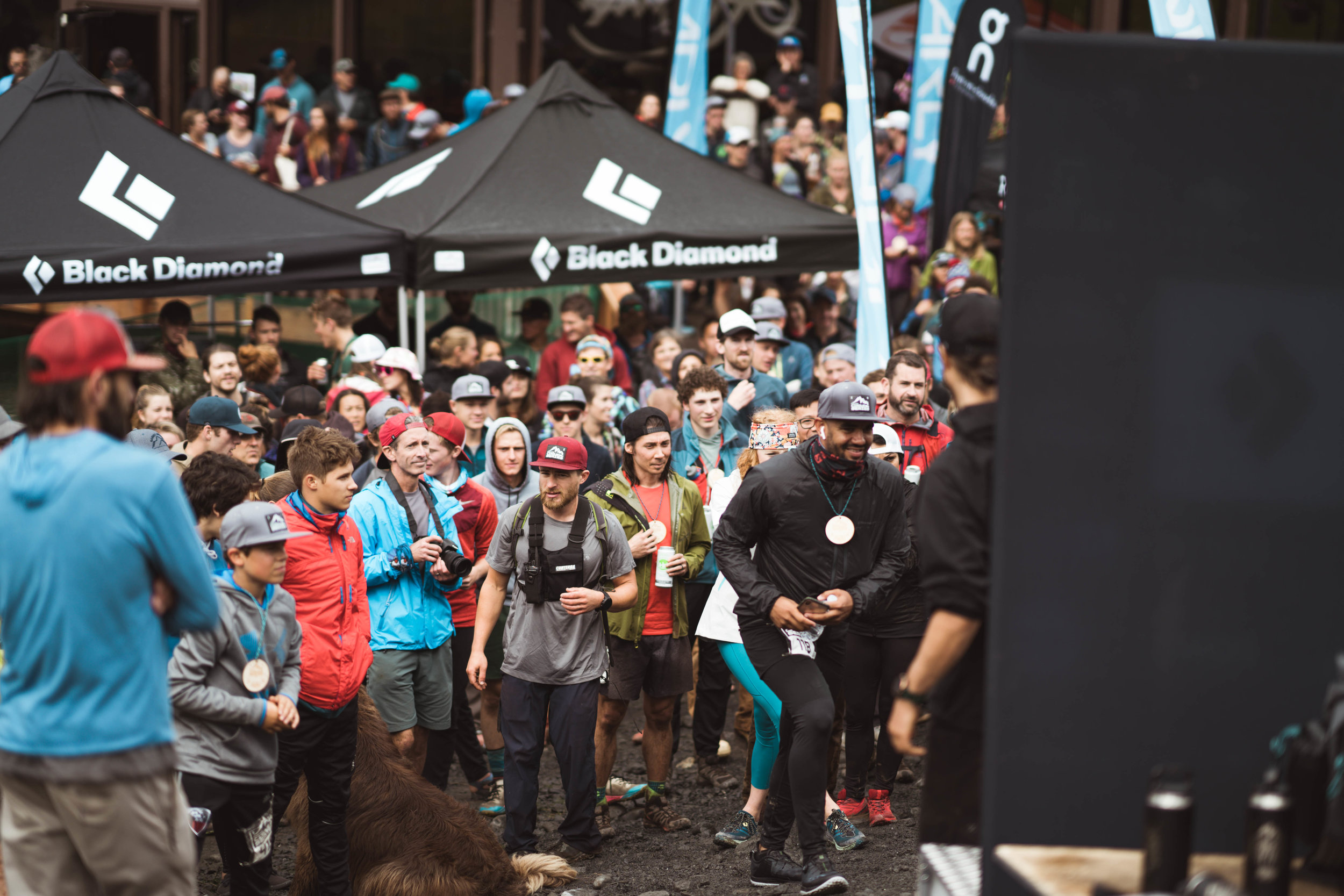 """CIRQUE SERIES 2019 SELLS OUT! - An absolutely insane day of gnarly big-mountain """"running racing"""" at Alyeska Resort goes off impeccably!"""