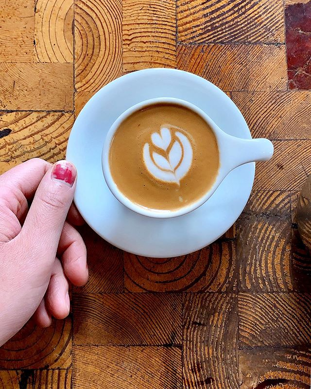 Confession: I never posted this macchiato I was really proud of because I couldn't get over the peeling nail polish on my thumb. The perfectionist in me cringes at the only thing my eyes can laser focus on: that darn chipped thumbnail that ruined an otherwise perfectly good photo. I finally decided that it's ok. I'm ok with this. Nothing in life will ever be perfect. But that latte art is pretty darn close, huh? 😂  The people who love us will continue loving us and those who judge us will continue... well, judging. That's not for us to deal with. We already got a lot on our plates dealing with our own issues. So here's to practicing and never stopping at trying to improve, whether it's our craft, our relationships, or our whole human selves. And here's to letting go of our imperfections so we can see even the littlest things that make life good. . . #gratitude #latteart #sophmakesalatte #perfectlyimperfect