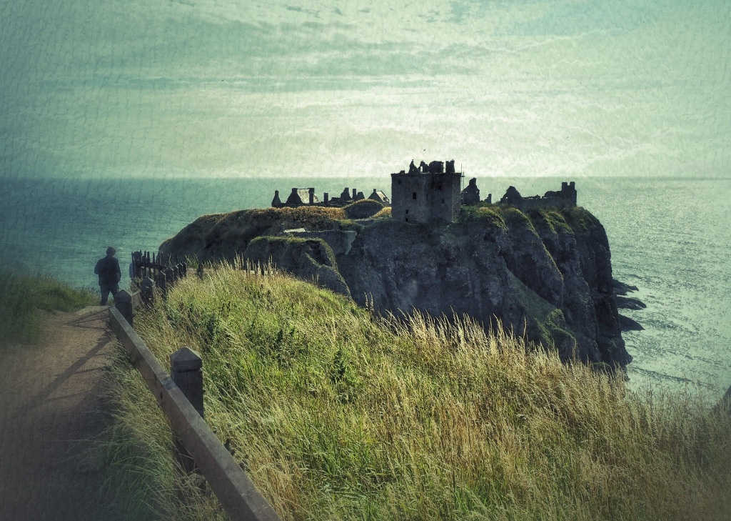 Our three-week stay in the Scottish Highland started at Dunnotar, on the North Sea coast near Aberdeen